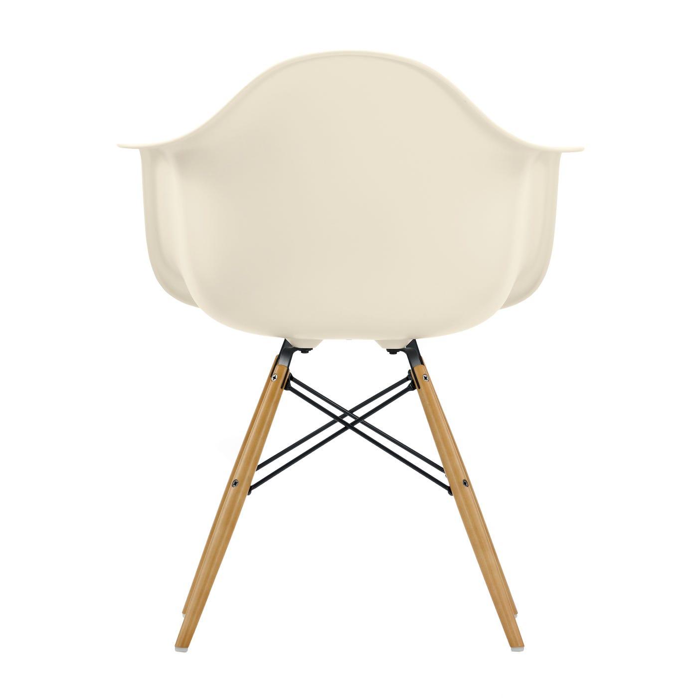 Eames DAW Armchair New Height Cream Ligth Maple