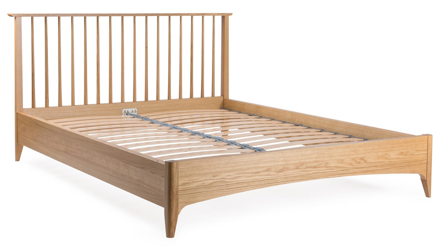 Heal\'s Blythe King Size Bed | HEAL\'S