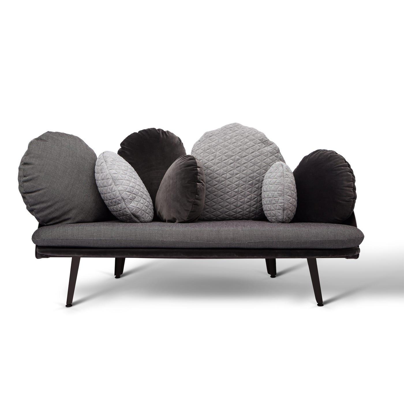Nubilo VSept15 Couch