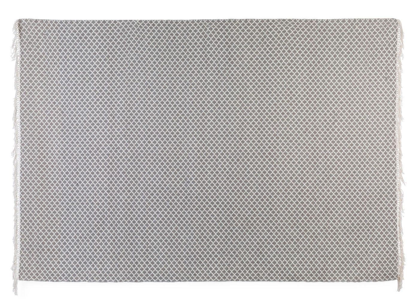 Maryland rug stone front