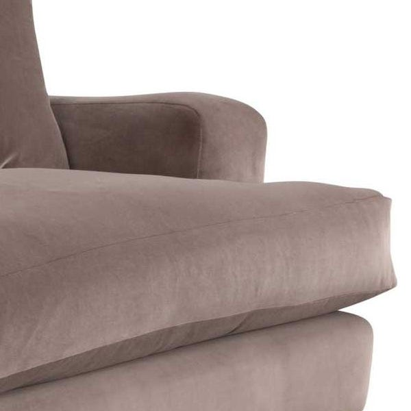 Plump cushioning with expertly tailored upholstery