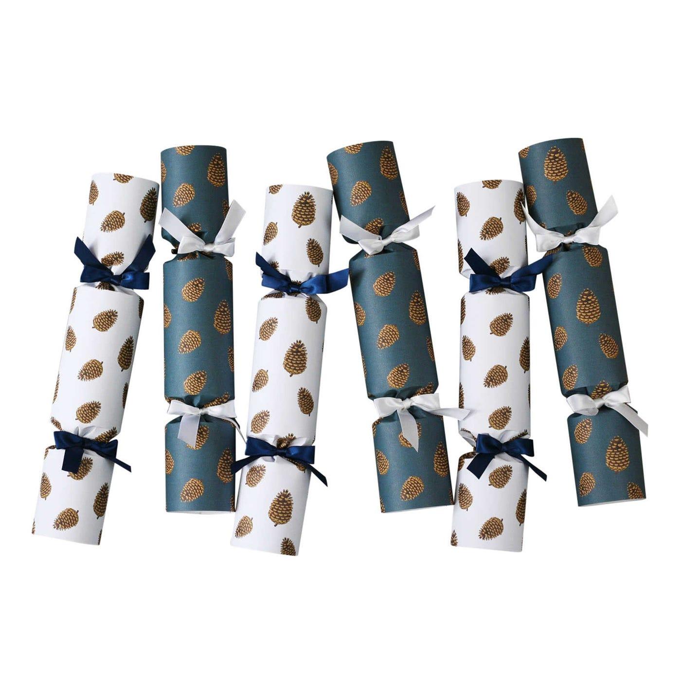 Pine Cones Luxury Christmas Crackers