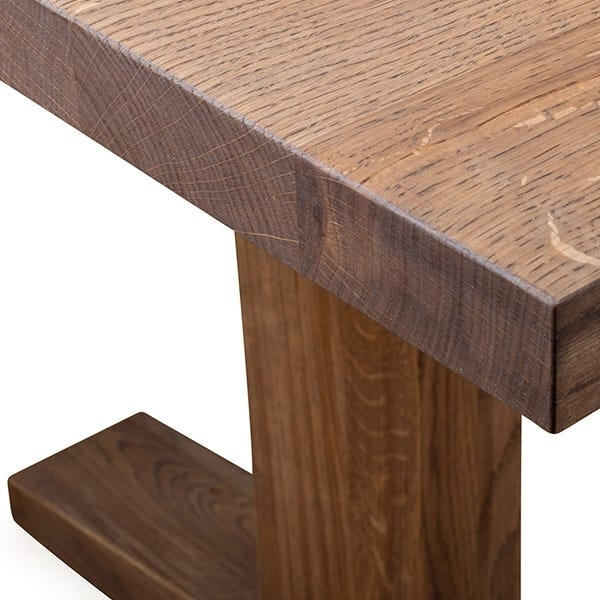 Shown with a straight edge profile for a traditional look, natural or chamfered edge also available.