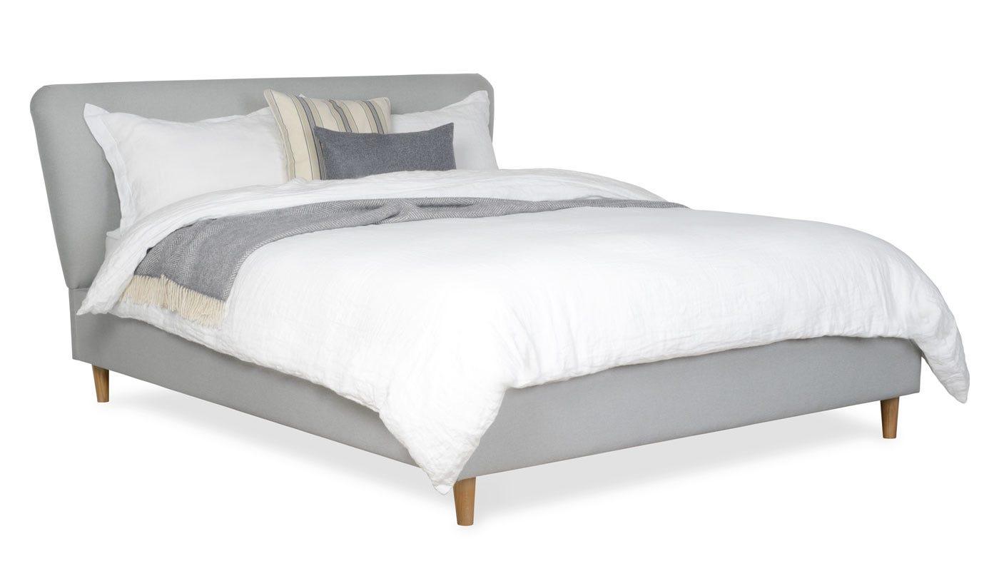 Bardot bed in king