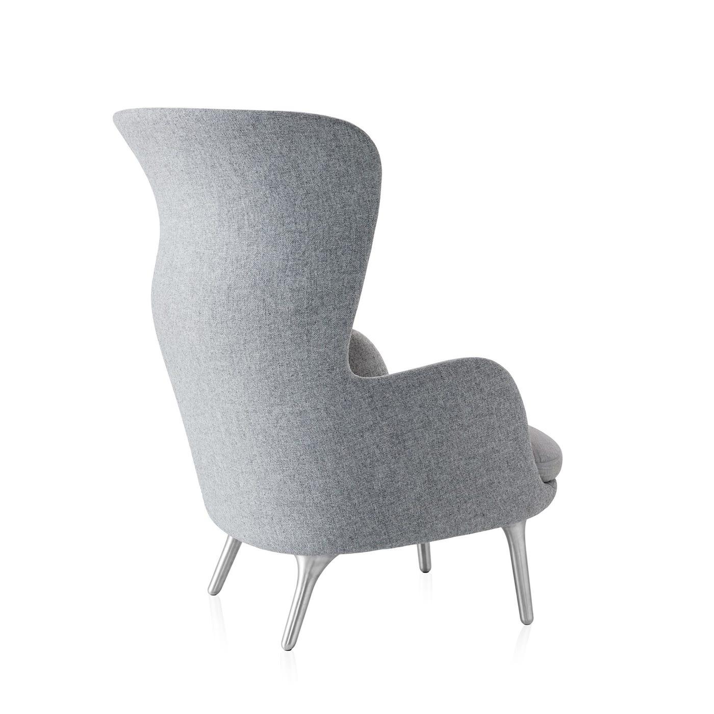 Ro Easy Chair Light Grey With Aluminium Legs