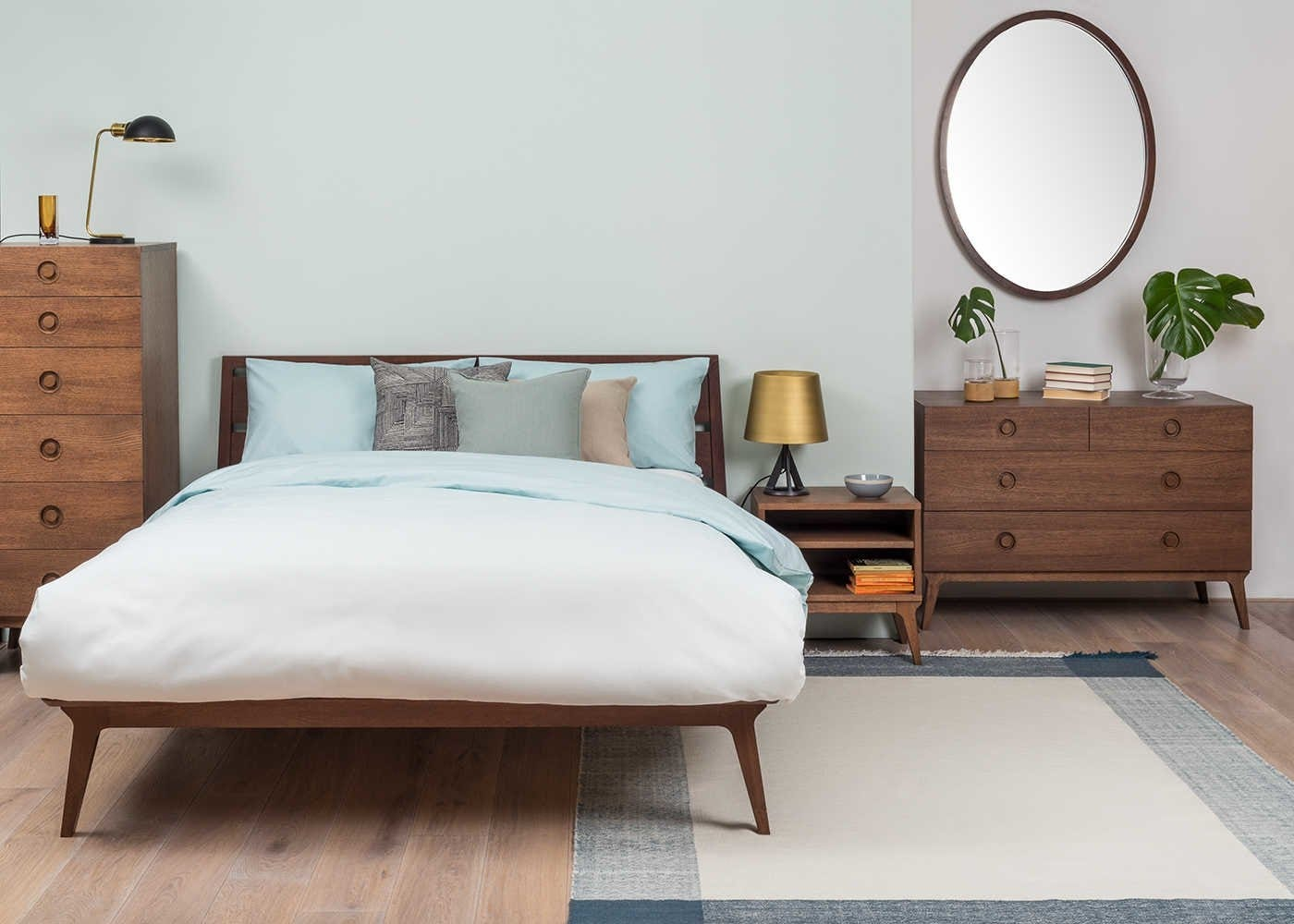 Valentine Bedroom Range in Walnut
