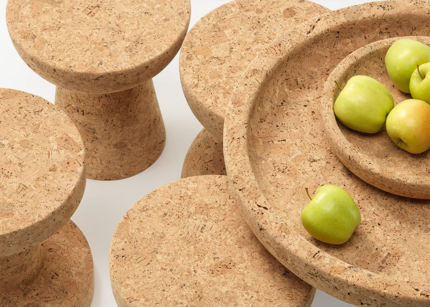Cork bowls, large and small with cork stools