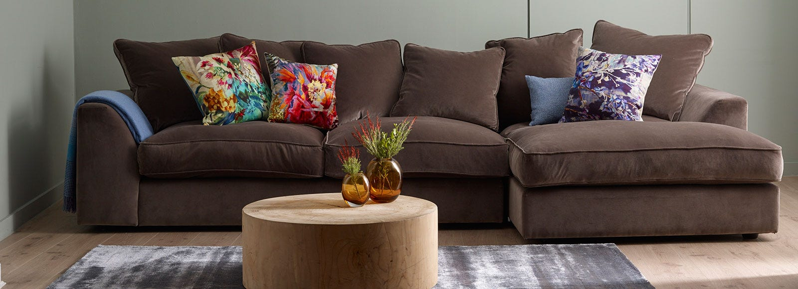Cumulus Right Hand Facing Corner Sofa in Velvet Charcoal