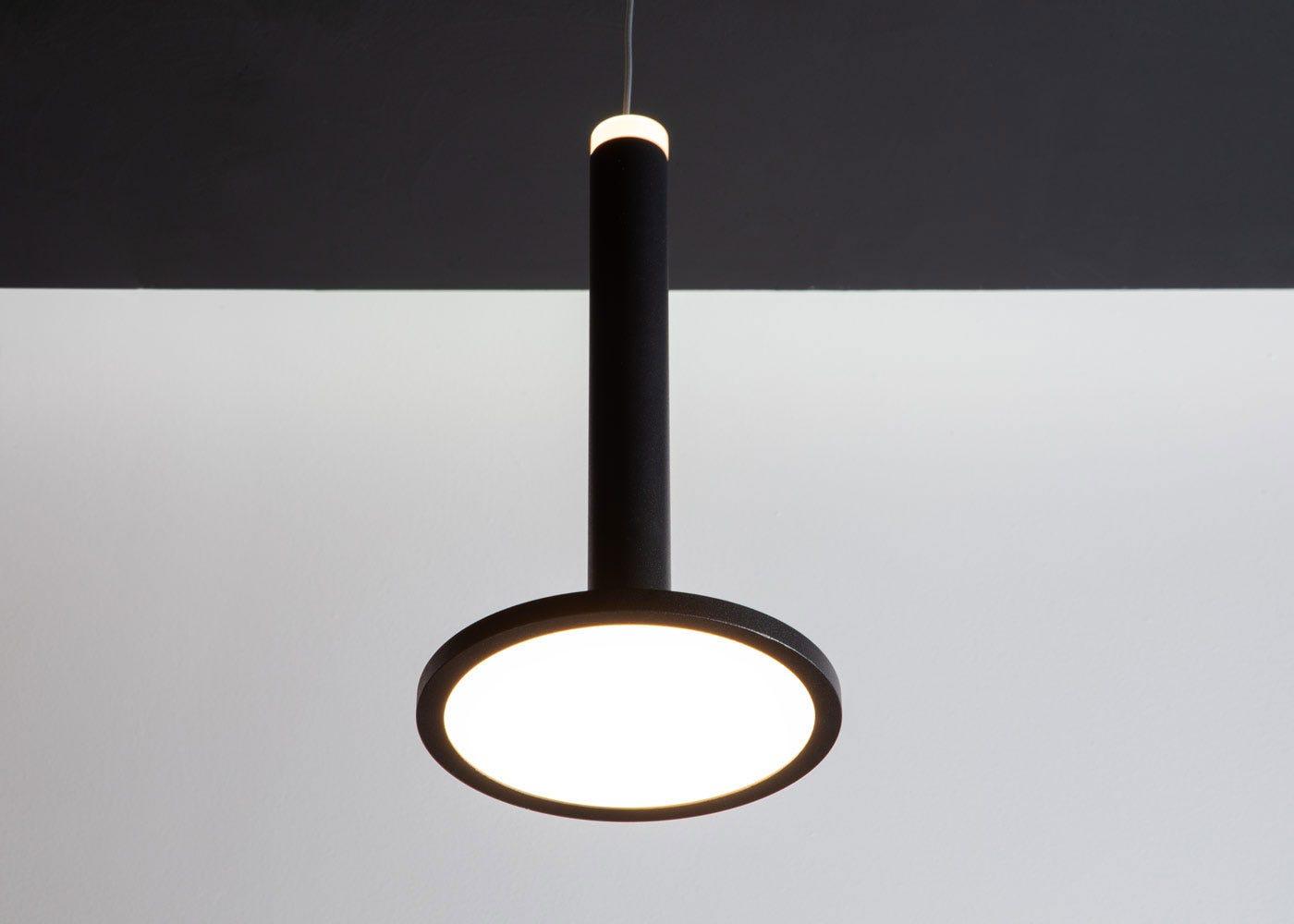 Disc LED light source.
