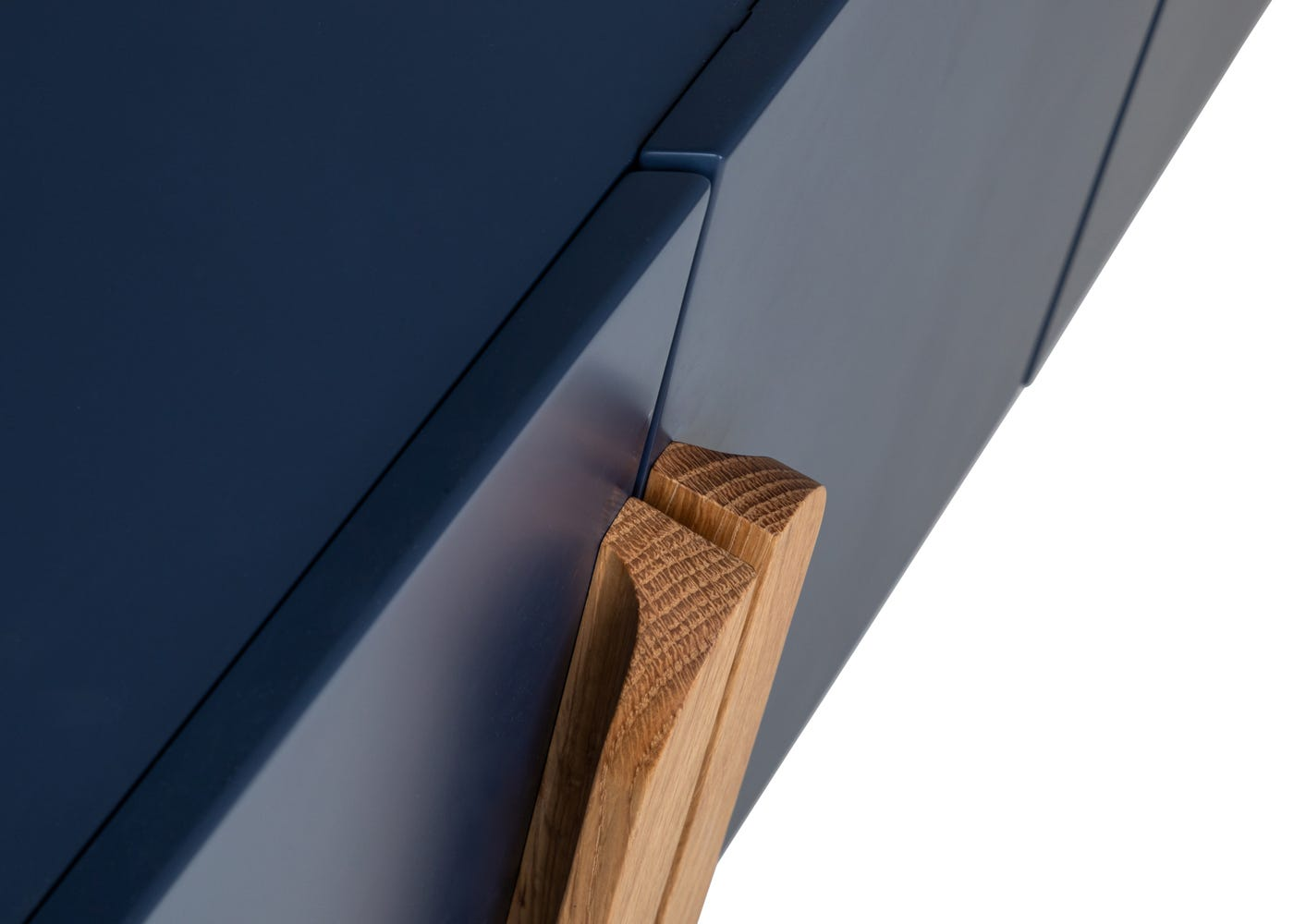 As shown: Oak handles.