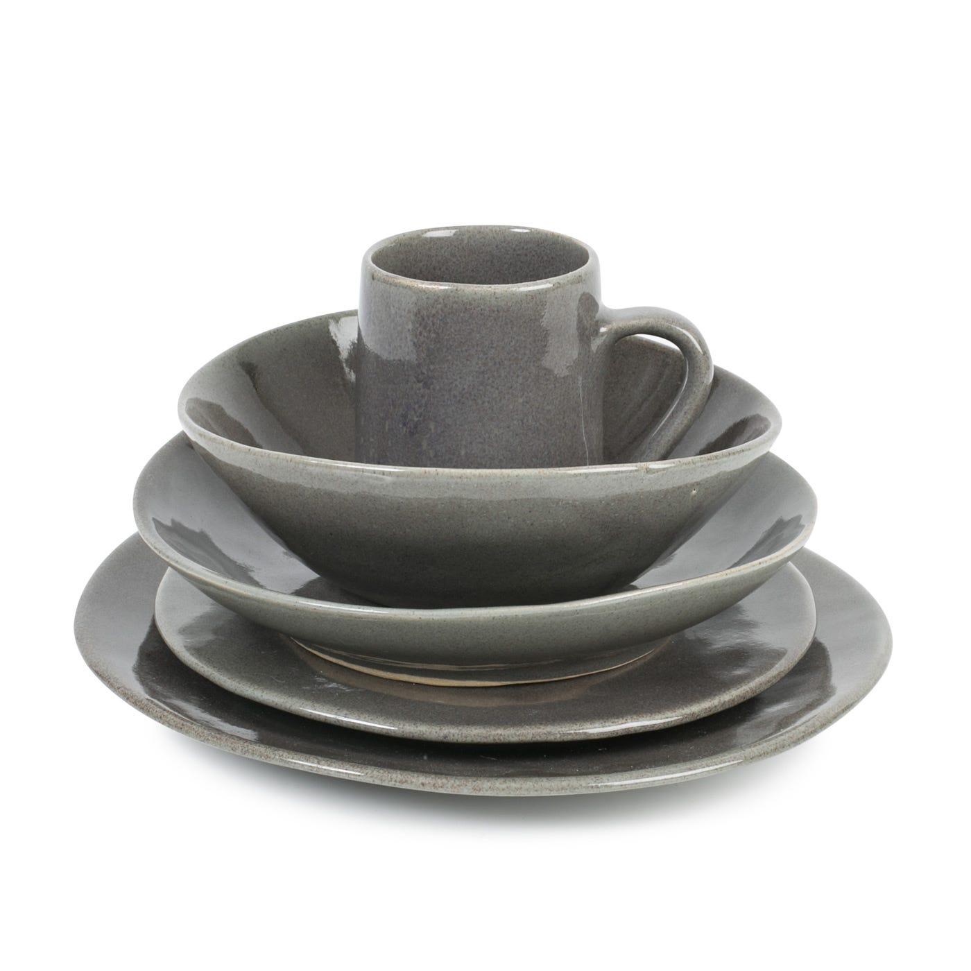 Monochromatic Dinnerware Grey