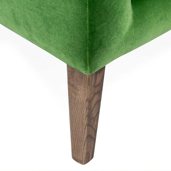 Detachable stained ash feet available in natural, tinted walnut or black finish.