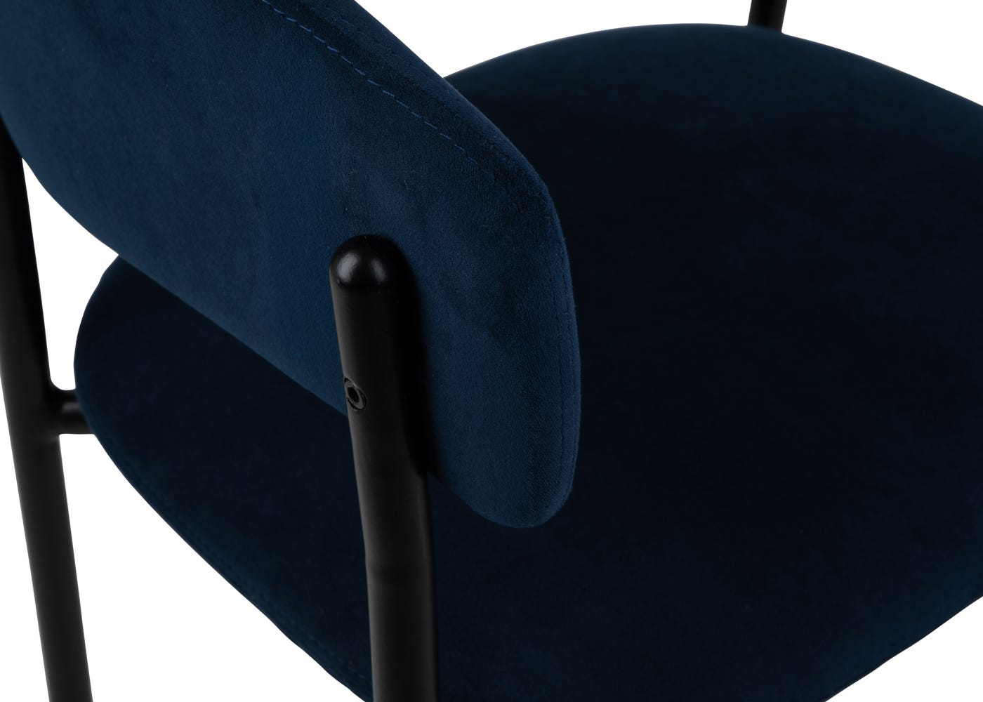 As shown: Foam wrapped seat pad.