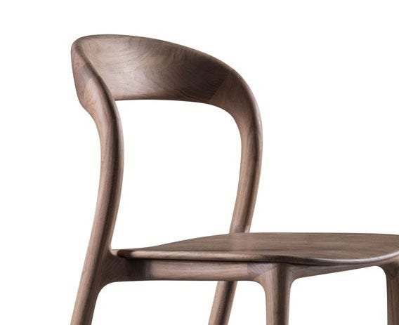 Beautifully curved back rest for a comfortable sit.Beautifully curved back rest for a comfortable sit.