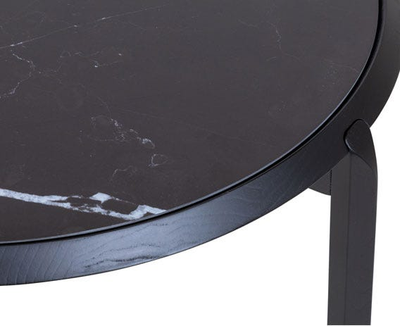 Carefully crafted porcelain top has been made to mimic the natural veining of Nero Marquina marble