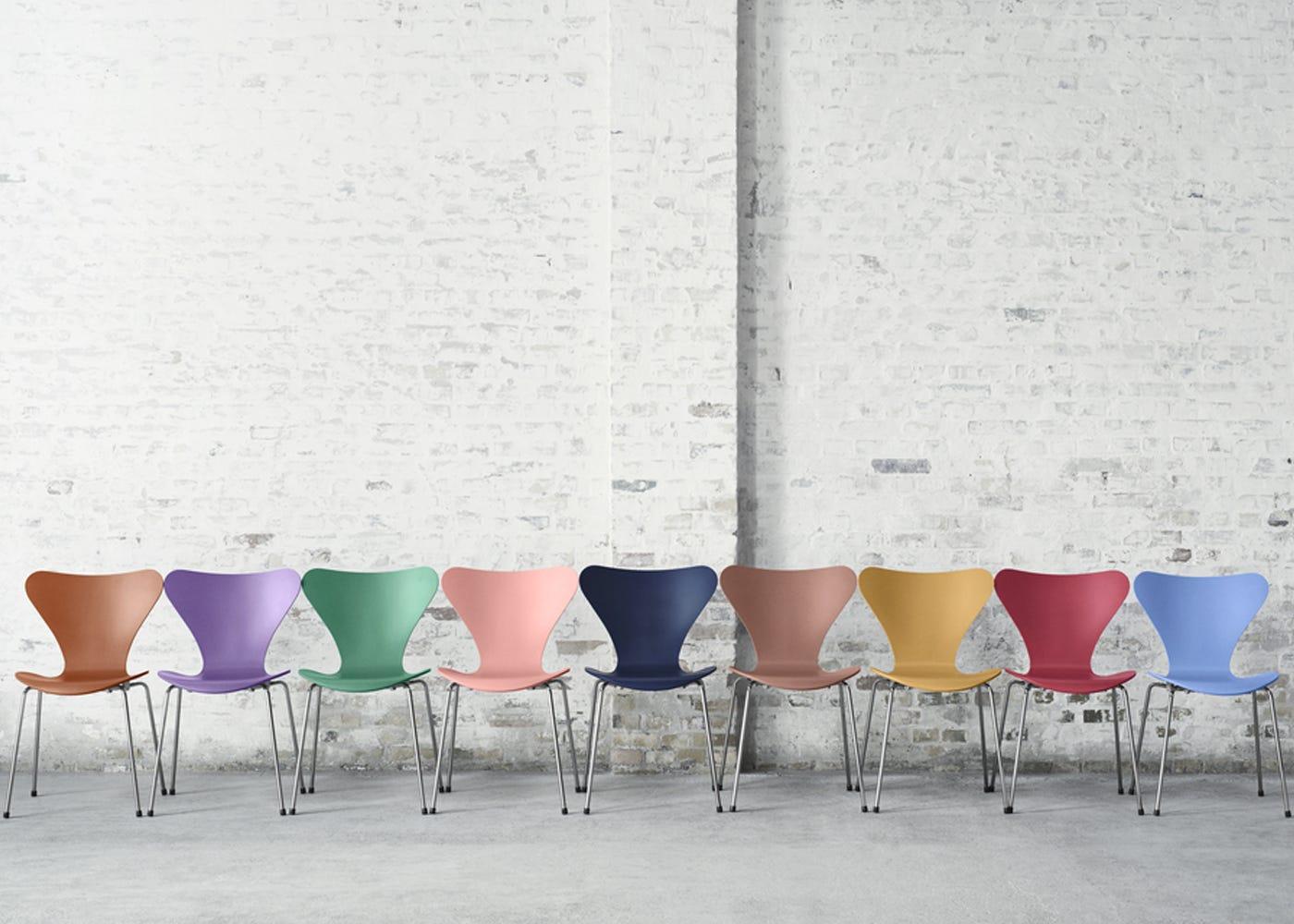 Fritz Hansen Series 7 Chair Heal S