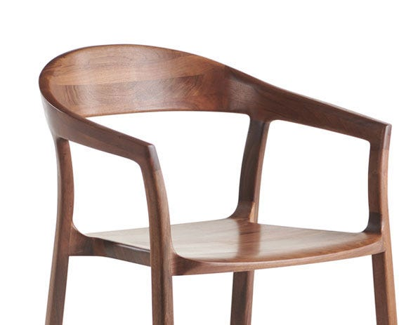 Beautifully curved back rest for a comfortable sit.