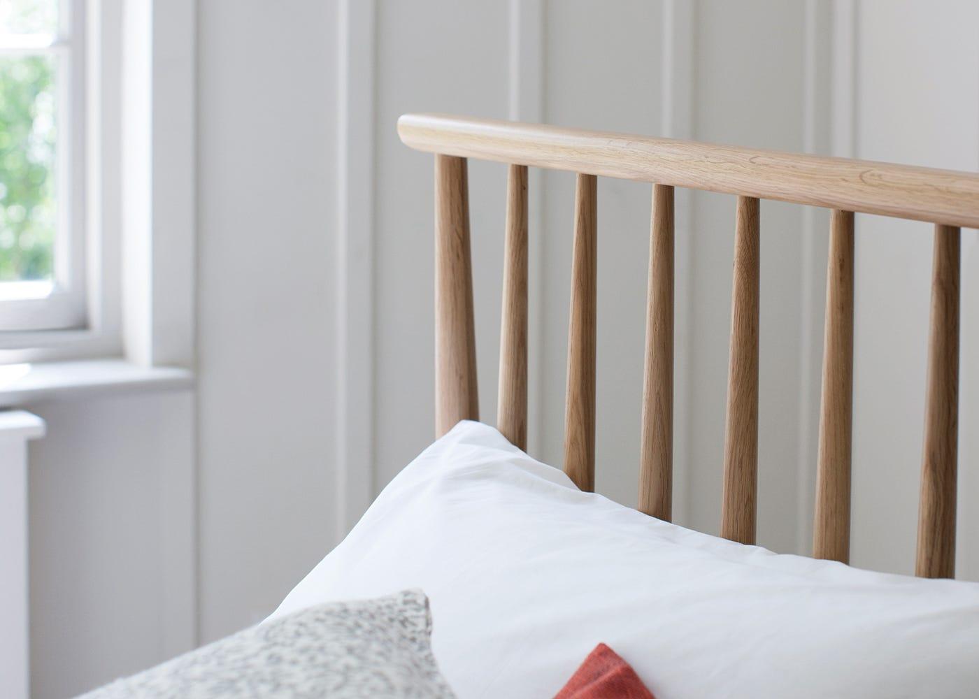 Teramo Bed - Spindle Headboard