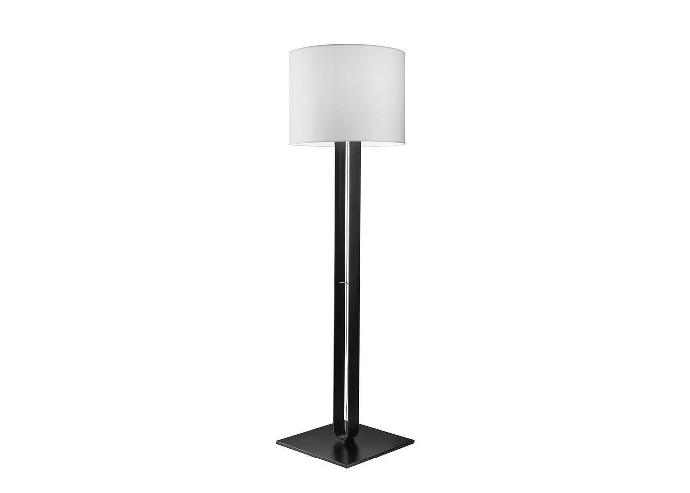 U Turn Floor lamp - Angle View